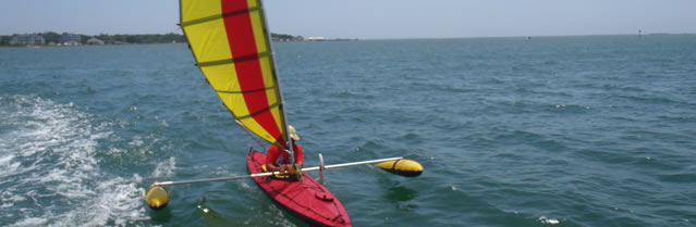 Folding kayak with BSD sailing rig and outriggers